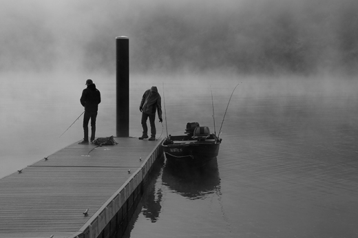 fishermen-in-mist